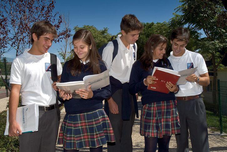 Resultado de imagen para alumnos colegios privados