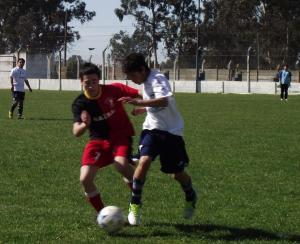 La sexta de Ministerio ganó con gran juego colectivo  por 2 a 1 al Deportivo La Dulce