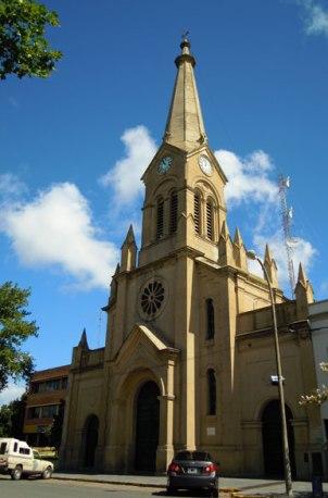 Necochea - Iglesia Santa MAría Del Carmen