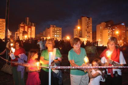 Rosario iluminado Gigante en la playa de Necochea
