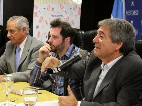 Horacio González y José Ottavis encabezará la jornada con concejales bonaerenses.